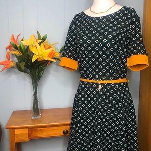 Casual women's dress